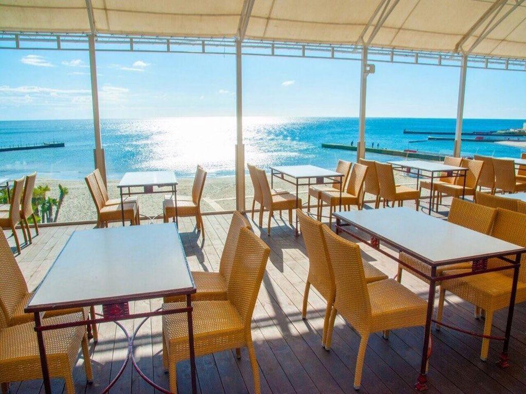 Продажа ресторана в Аркадии. Первая линия от моря!
