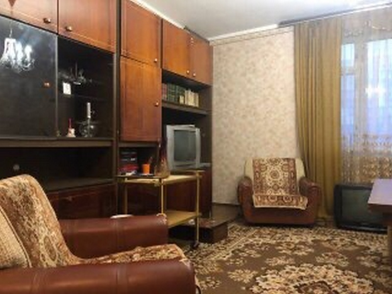 2-room apartment on Marshal Zhukov Ave.