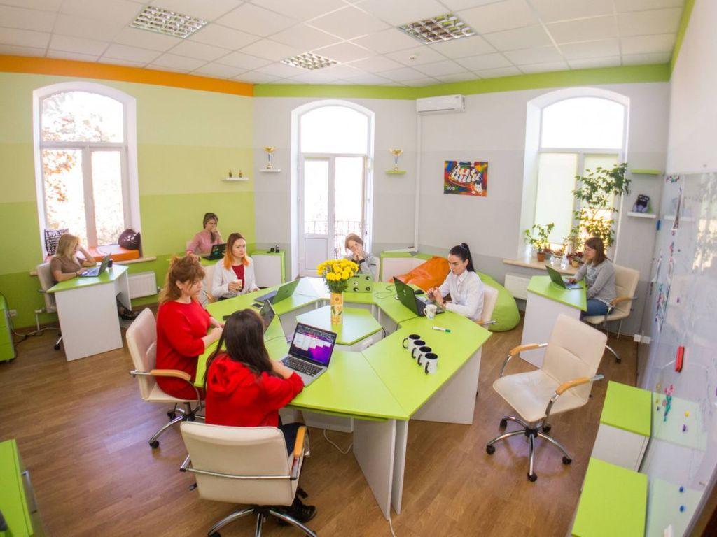 Аренда офиса 100 м в Лермонтовском пер.
