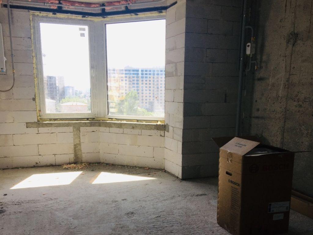 3-х комнатная квартира в ЖК Монблан, Компасный пер.