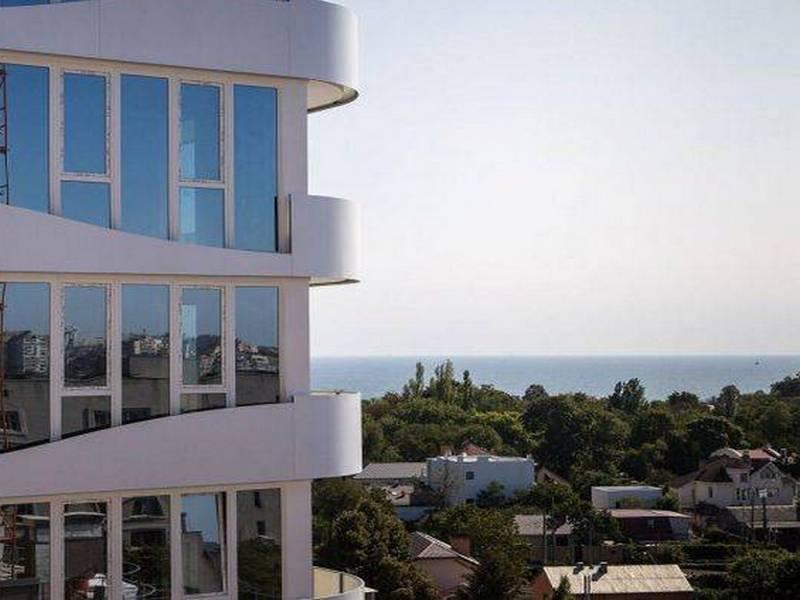 1-но комнатная квартира в новом ЖК Море.
