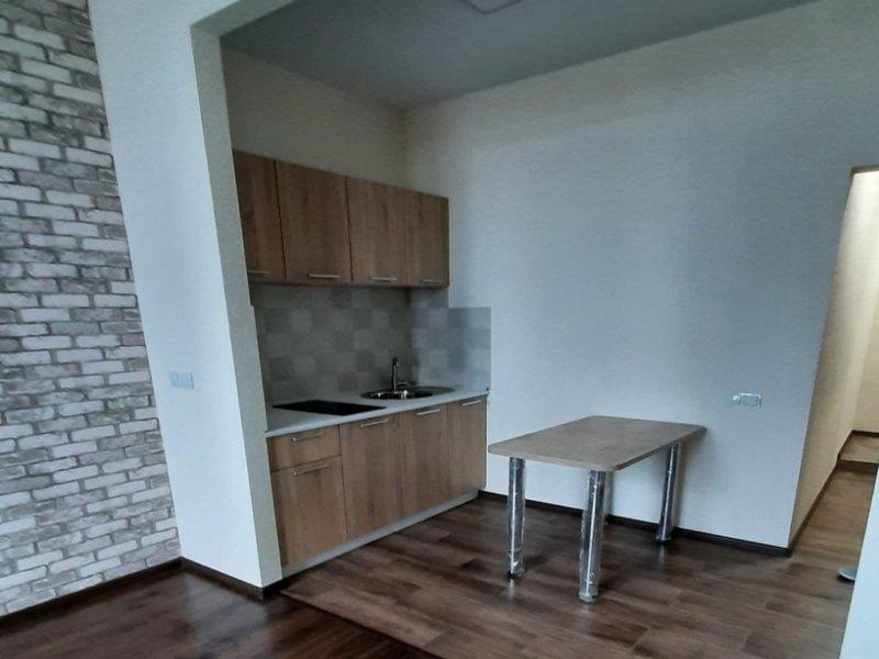 1-но комнатные квартиры с ремонтом от 18 до 26 кв.м.