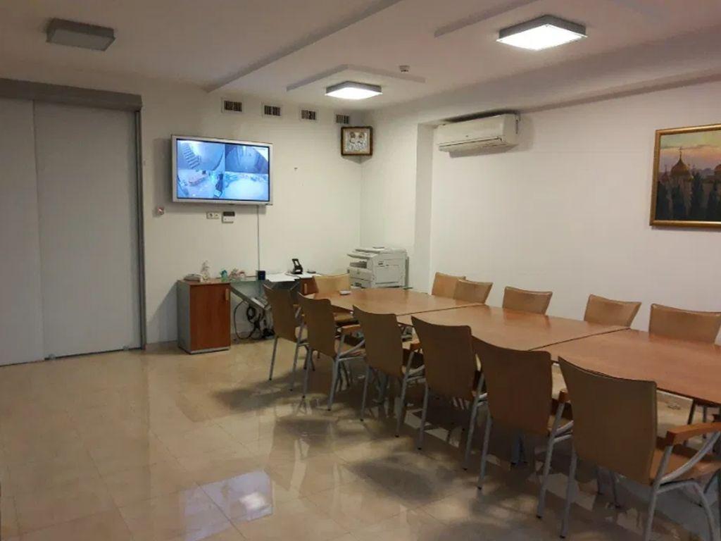Аренда Vip-офиса в БЦ «АВС» на Грушевского