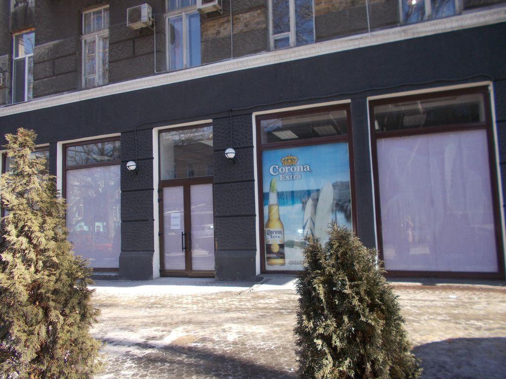 Аренда магазина на ул.Ришельевской/Троицкая 100кв.м