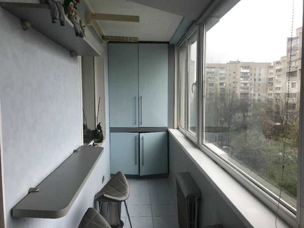 3х комнатная квартира, 6ст. Большого Фонтана