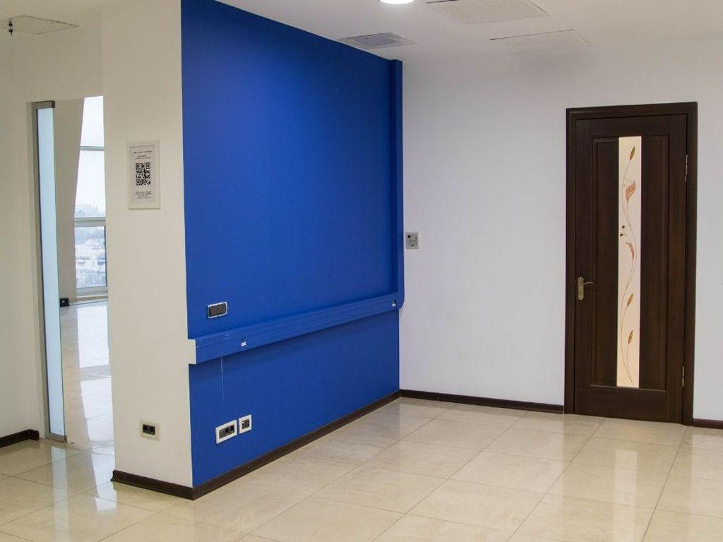 Оренда офісу в БЦ на Жуковського 320 кв.м