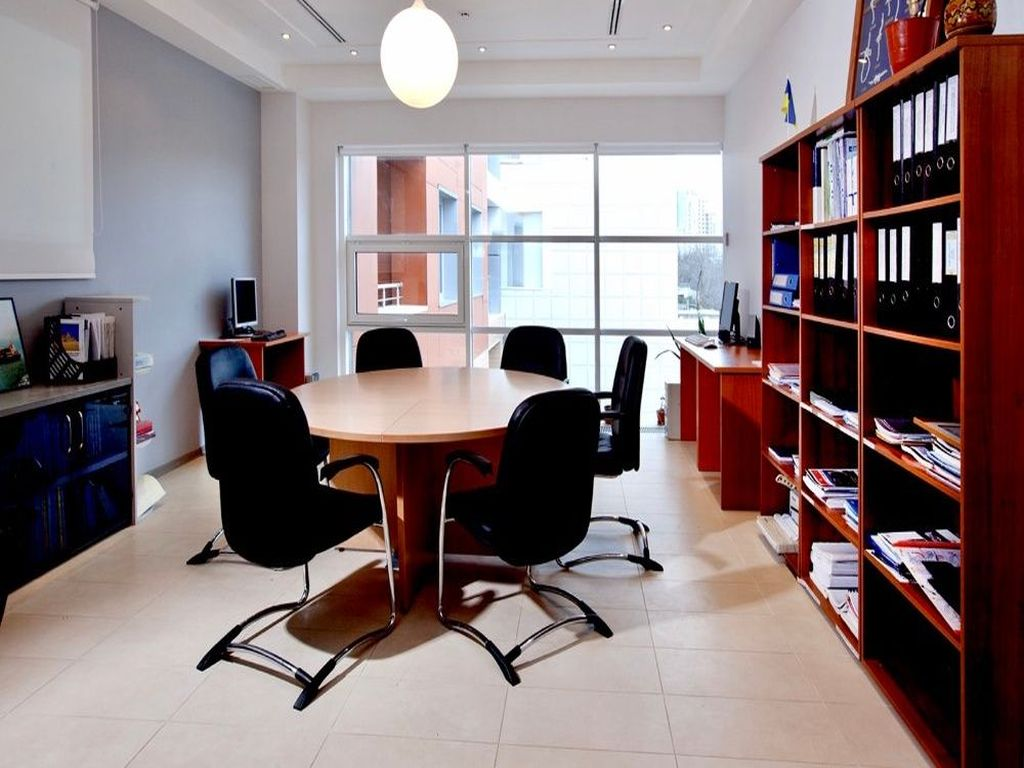 Office rental on French Boulevard. Office rent on French Boulevard 361 sq.m.