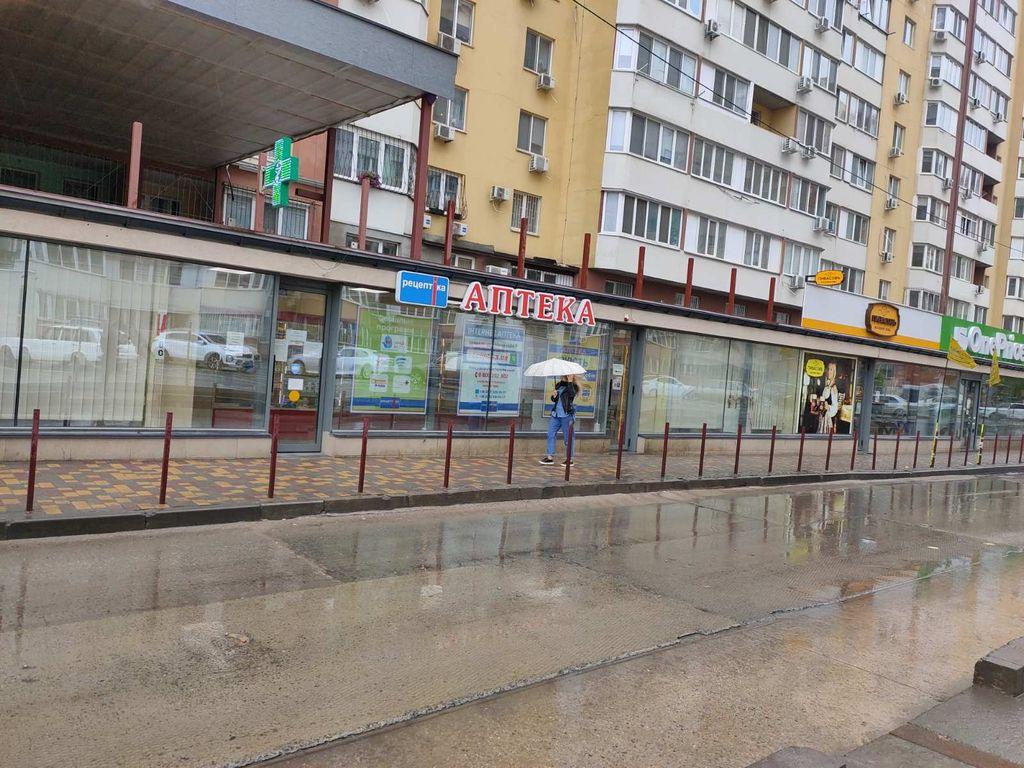Аренда магазина в ЖК Радужный 55 кв.м