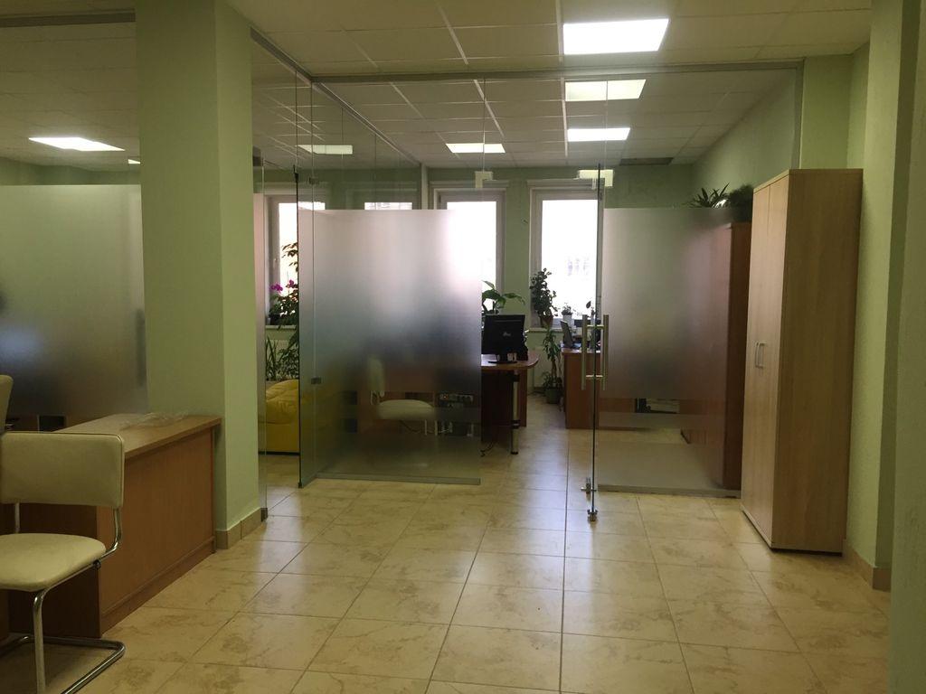 """Офіс 89,4 кв.м з ремонтом в ЖК """"Армійський"""""""