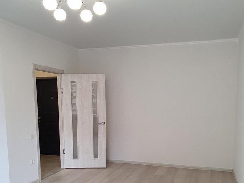 1-но кімнатна квартира з ремонтом в Райдужному