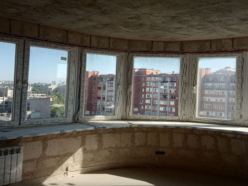 2-room apartment on the street. M. Govorova with sea view
