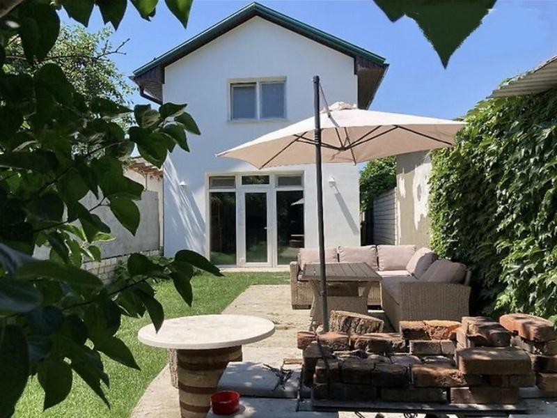 House for sale. 16 stantsiya. Bolshogo Fontana